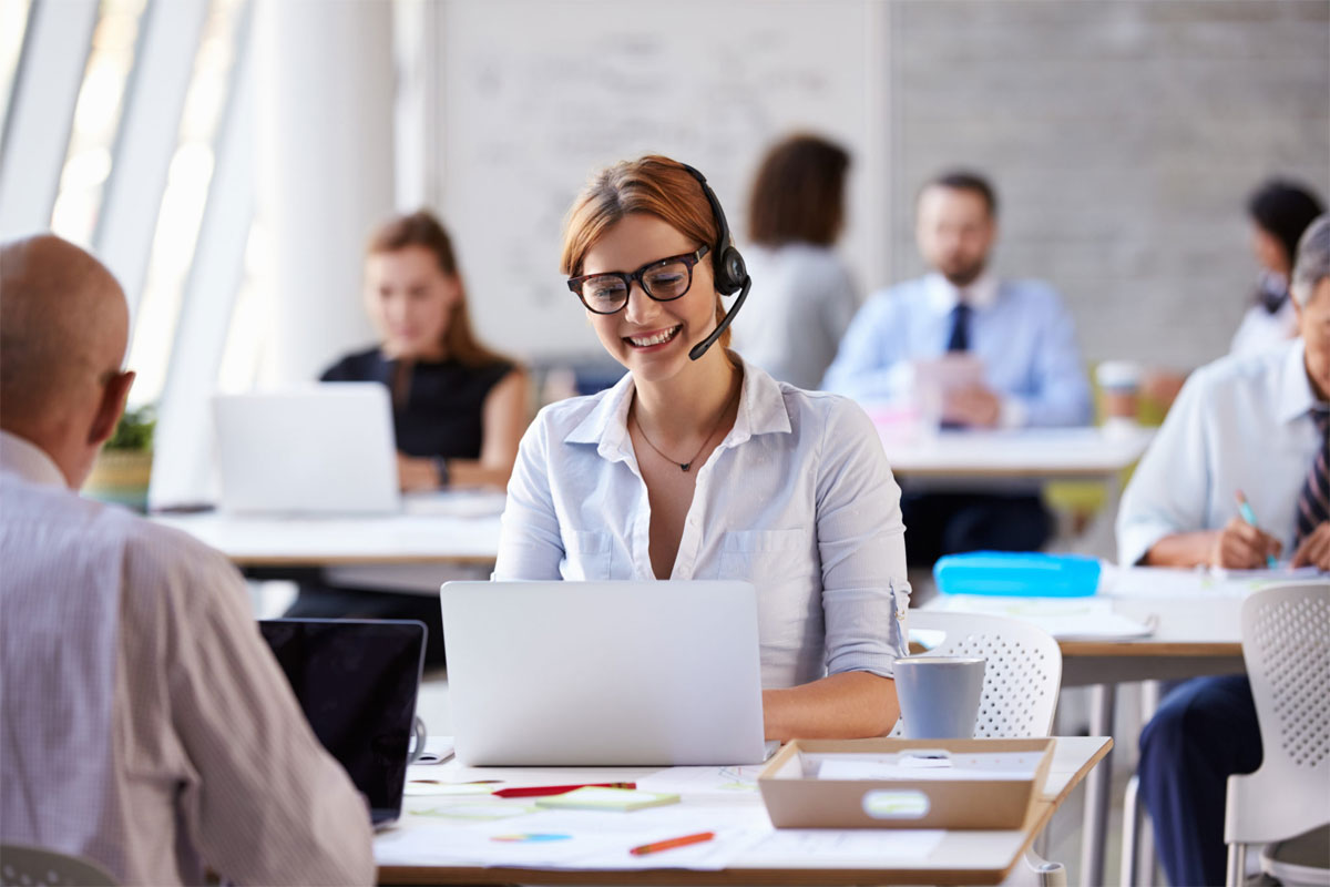 Top Benefits of Hiring an Answering Service for Your Handyman Business