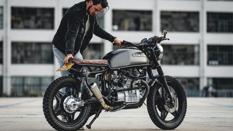 How to Style a Perfect Cafe Racer Jacket